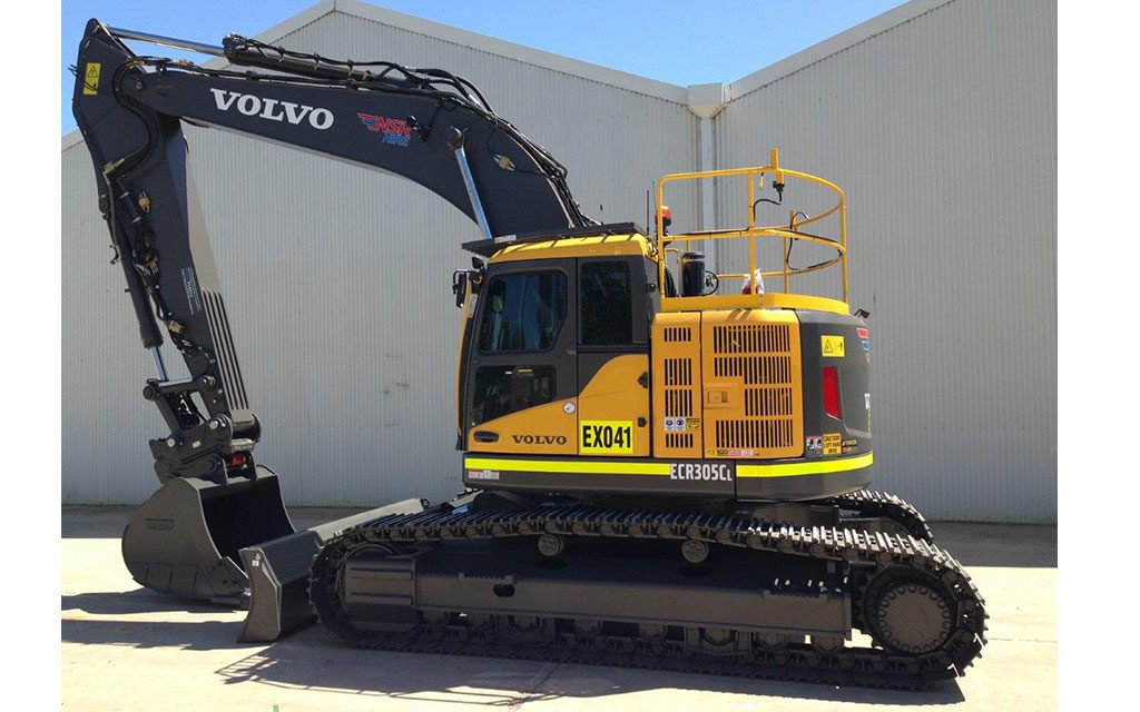 Volvo ECR305CL Excavator for hire